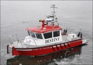 121014_tacoma_fireboat_660