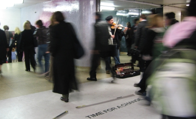 violinist-in-subway-uncropped